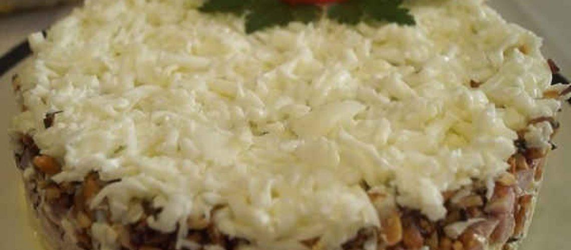 Salat-snezhnaya-koroleva-recept8